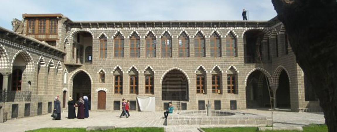 Diyarbakır: Cemil Paşa Konağı'da 'tarihi onarmak'